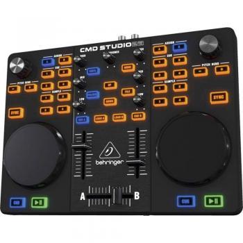 DJ mešalna miza Behringer CMD Studio 2A